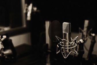 Kiedel Audio Welt scaled 2 338x225 1